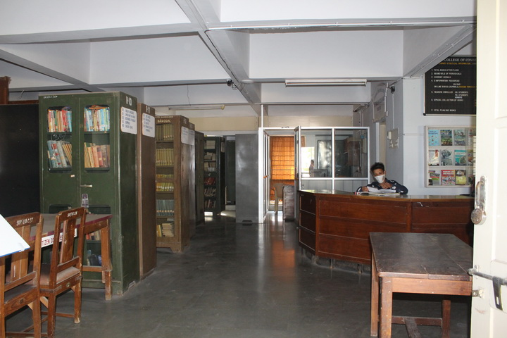 Library Spacious Room